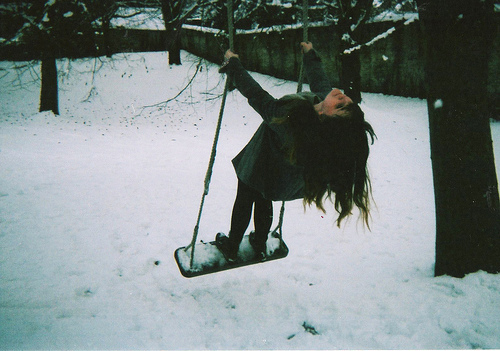 girl-indie-photography-snow-swing-Favim.com-195942_large
